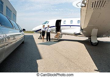 ficar, jato, privado, limpo, stewardess, limusine, piloto
