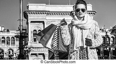 ficar, mulher, itália, modernos, viajante, milão