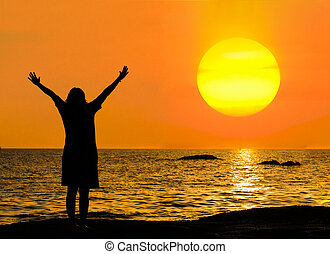 ficar, mulher, silueta, pedras, mar negro, sunset.