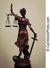 ficar, quadro, deusa, escala, themis, segurando, justiça, costas, blindfold, espada, senhora, ou