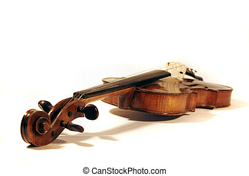 antique violin shallow DOF on pegs