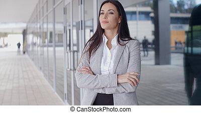 fiducioso, donna, bracci piegati, affari