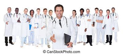 fiducioso, dottori, contro, sfondo bianco