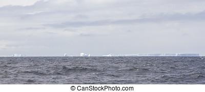 Field of shelf ice in Antarctica