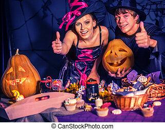 fiesta, halloween, niños, parents.