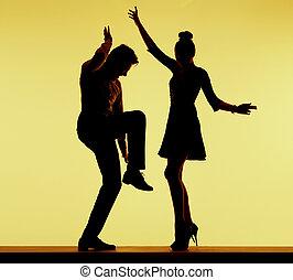 fiesta, pareja, joven, ataque, bailando