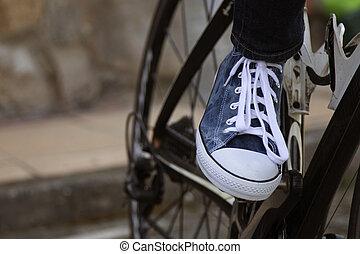fiets, closeup, voet pedaal, sportende, vervoeren