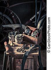 fiets, herstelling, workshop, met, wielen, gereedschap, en, rubber, lappen