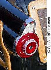 Fifties Auto Taillight Fin