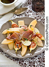 Fig with Melon and Prosciutto salad