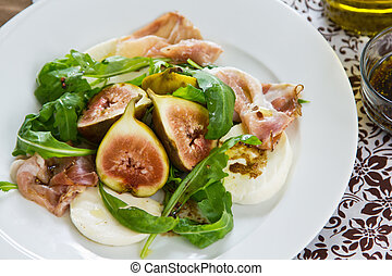 Fig with Prosciutto salad