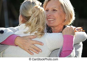 figlia, adulto, abbracciare, madre