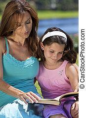 figlia, donna, campagna, insieme, esterno, ragazza, madre, libro lettura