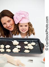 figlia, piastra, presa a terra, biscotti, madre, felice