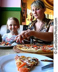figlia, pizzeria, mangiare, madre