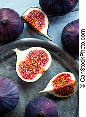 Figs on rustic table