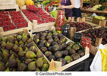 Figs on the market