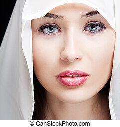figure, de, belle femme, à, sensuelles, yeux