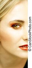 figure, de, jeune, blonds, femme, à, yeux verts