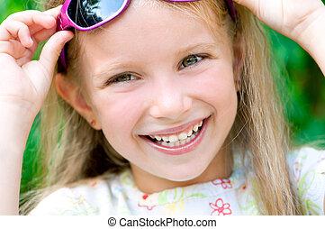 figure, fille souriant