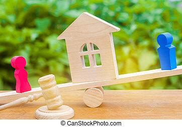 figure, house., donna, persone., scale., clarification, legno, prova, means., proprietà, uomo, legale, divorzio, proprietà, conflict., standing, divisione, court.