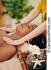 figure, massage tête, épaules