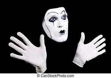 figure, mime, mains