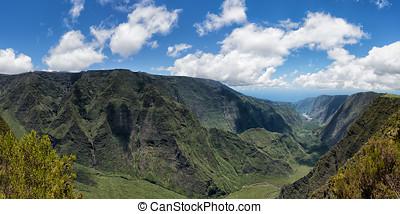 figyelés, képben látható, újraegyesítés, sziget, hegyek,...