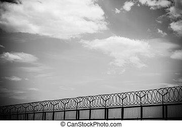 fil fer barbelé, ciel, nuageux, barrière