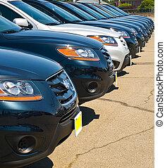 fila, de, automóviles, en, un, montón de automóvil, en, un,...
