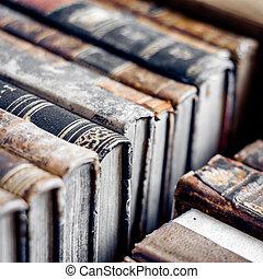 fila, de, viejo, books., viejo, manuscritos, fondo.