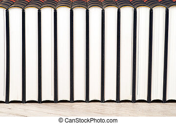 fila libri, su, uno, mensola