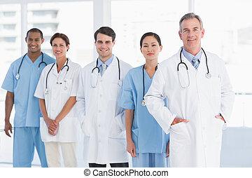 fila, médicos de hospital, retrato