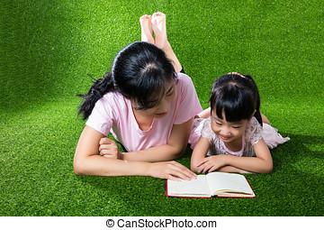 filha, chinês, livro, asiático, mãe, leitura