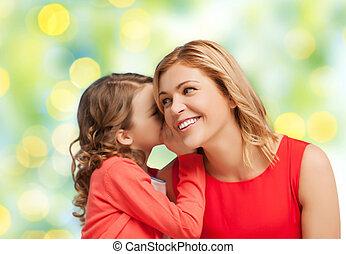 filha, dela, mãe, sussurrando, fofoca, feliz
