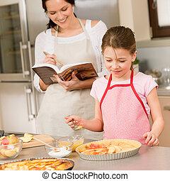 filha, maçã, fazer, receita, torta, mãe