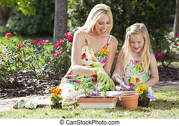 filha, mulher, jardinagem, plantar, &, menina, mãe, flores