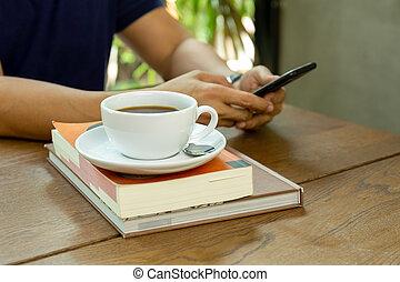 filiżanka do kawy, komórka głoska, cafe., używając, stół, człowiek