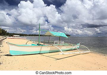 filipino, barco pequeño, en, playa