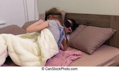 fille, après, haut, dormir, sillage, mère