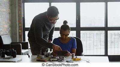 fille, bureau, numérique, utilisation, père, tablette, 4k