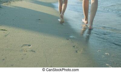 fille, côte, jour, long, marche femme, été