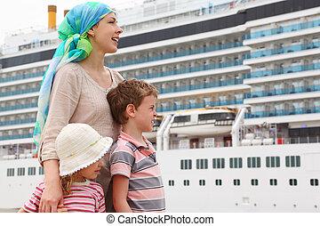 fille, dock, grand, fils, regarder, mère, fond, croisière,...