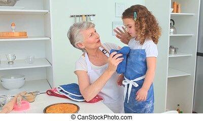 fille, elle, après, grand-mère, cuit, grandiose