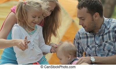 fille, famille, dépenser, eldest, nature, temps, applaudissements