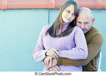 fille, famille, leur, père, jeune, milieu, moment, adolescent, exprimer, amour, vieilli