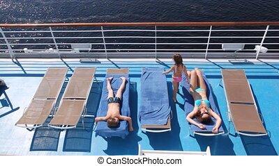 fille, fils, planche, prendre un bain de soleil, mère,...