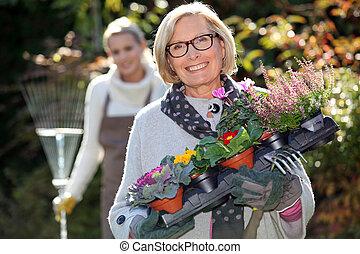 fille, jardinage, mère
