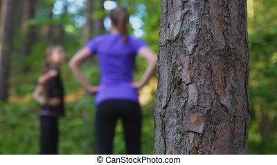 fille, maman, gymnastique, forest.