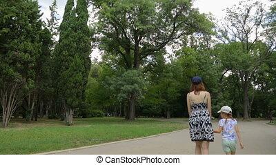 fille, marche, parc, femme